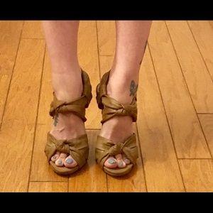 Max Studio sandals